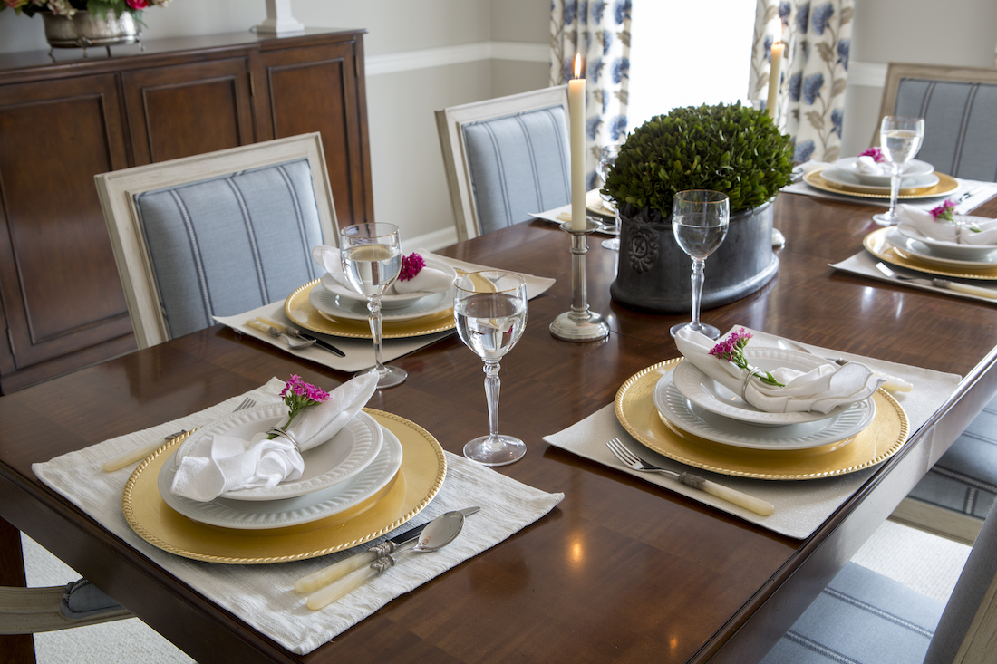 dining-room-table-place-settings-lawrenceville-nj