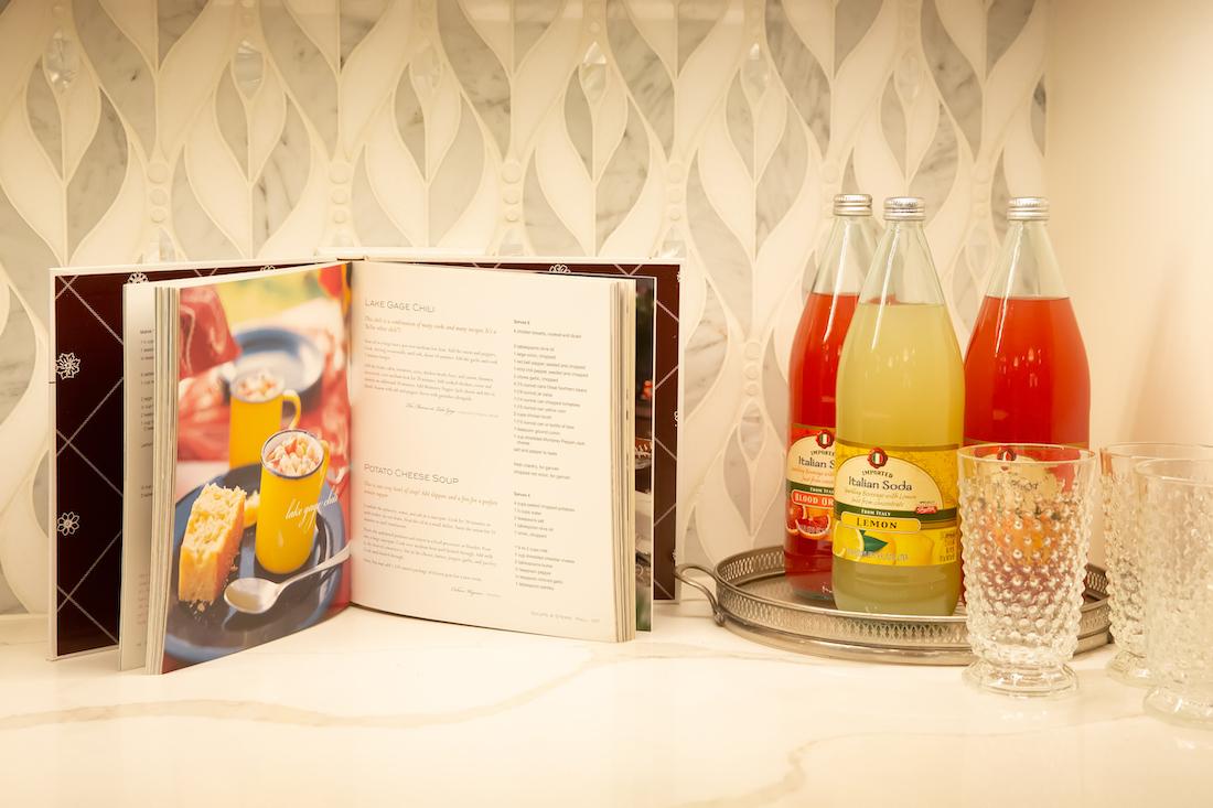 kitchen-tile-backsplash-open-cookbook