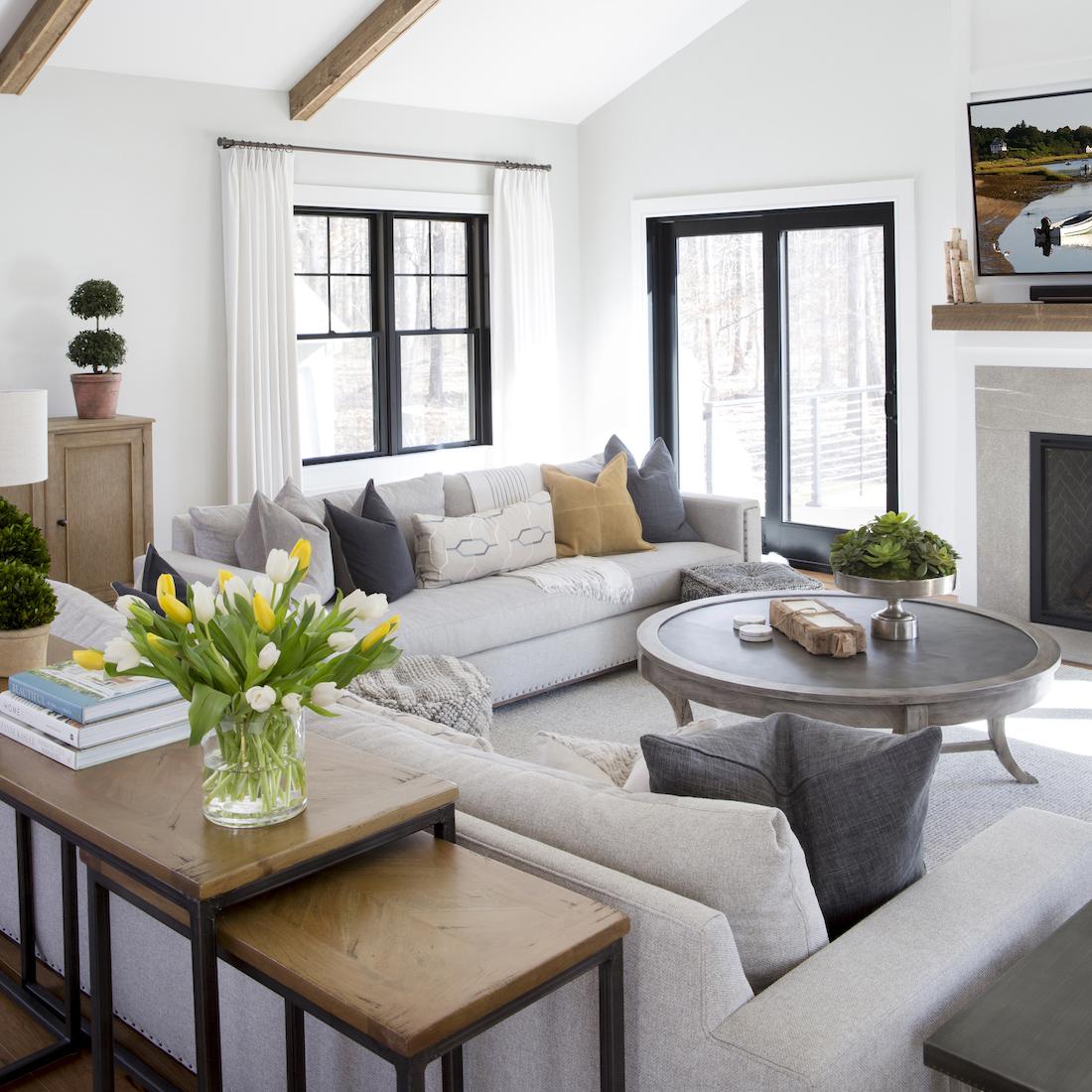 living-room-interior-design-karin-eckerson-interiors-princeton-nj