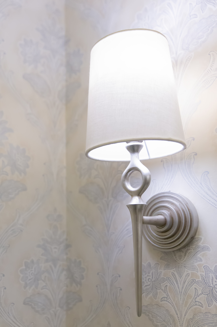 sconce-detail-powder-room-pennington-nj