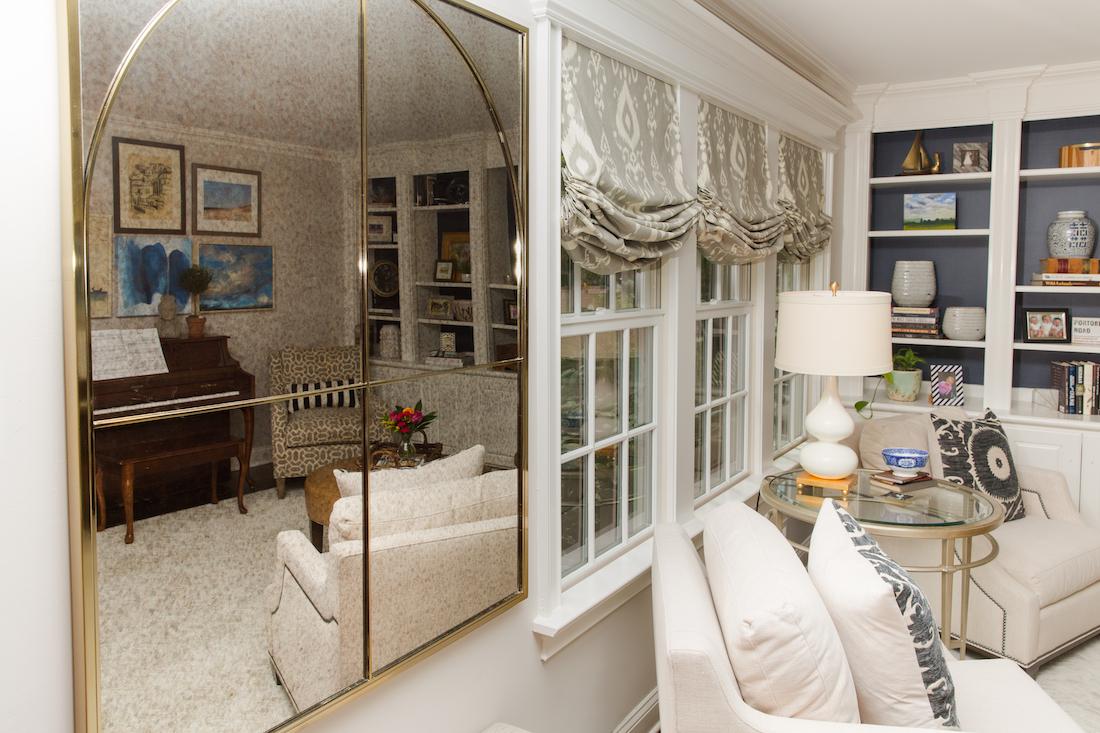 vintage-hanging-mirror-living-room-design